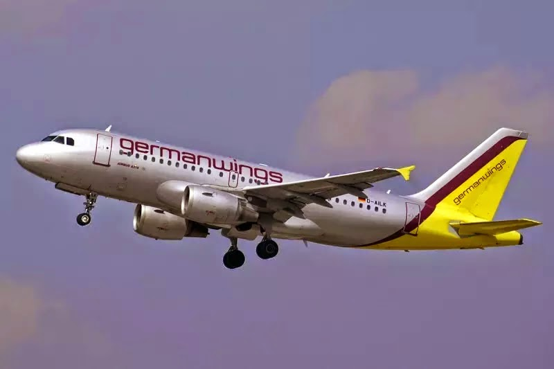 GermanwingsCo PilotDeliberatelyCrashedPlaneAfterLockingouttheCaptain