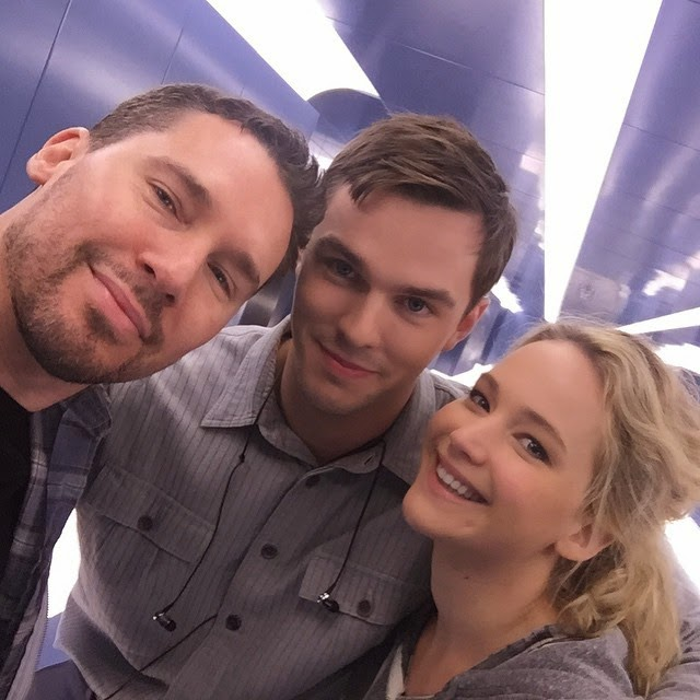 Jennifer Lawrence,Nicholas Hoult, bryan jay singer on Set of X-Men Apocalypse