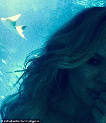 Checkout the interior of Khloe Kardashian's incredible under water Dubai hotel room