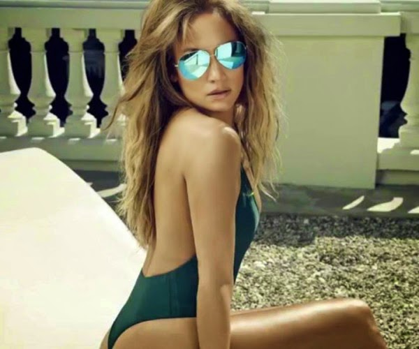 Jennifer Lopez Covers US Weekly's 'Best Bodies Issue'