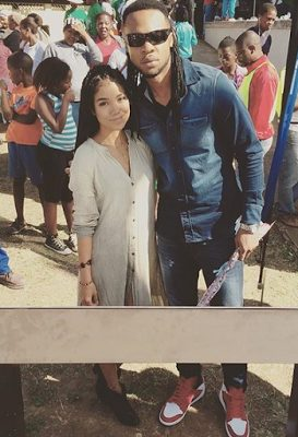 Flavour Shares Red Carpet with American singer, Jhene Aiko at MAMAs