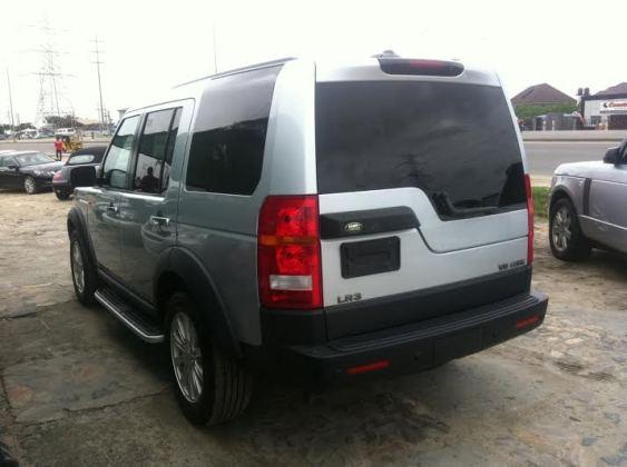 Sammie Okposo buys wife brand new LR3 SUV