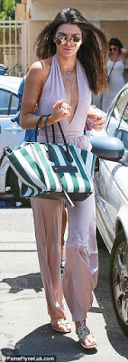 Sister's Love,Kendall and Kylie Jenner both step out for lunch in style