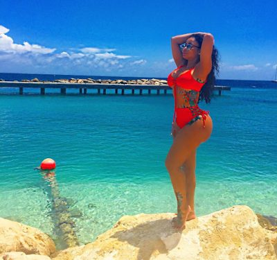 Blac Chyna Chilling and Enjoying Life at the Carribeans Amid News of Tyga giving Kylie her former G-wagon