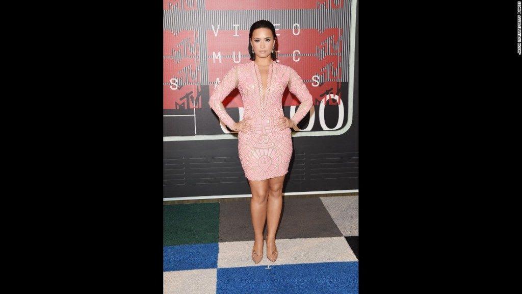 Demi Lovato  at the MTV VMA 2015