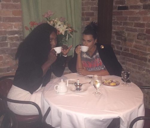 Serena Williams hangs out with Kim Kardashian a Day before Beating her Elder Sister Venus Williams at the 2015 US Open