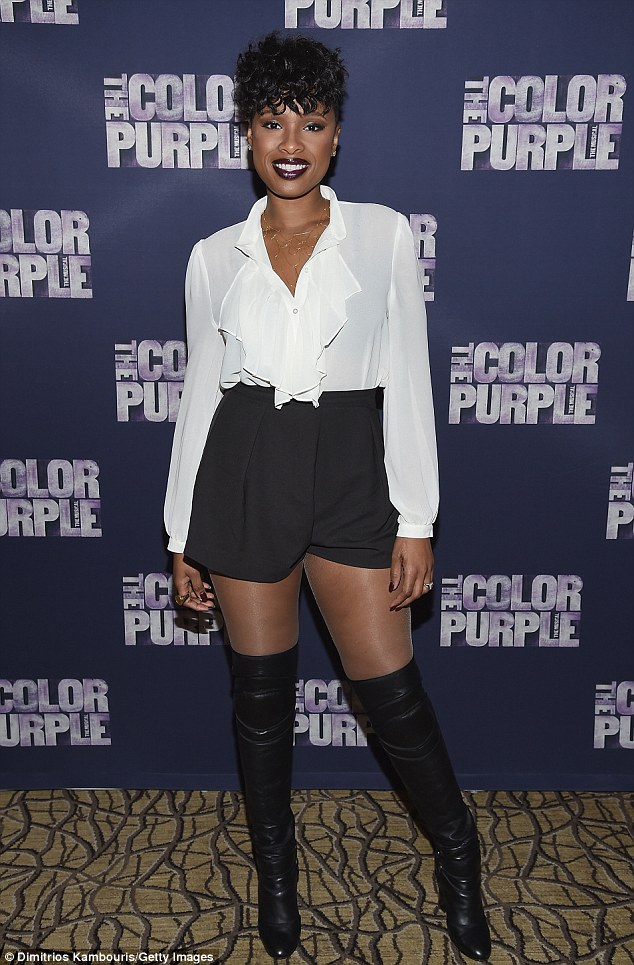 Jennifer Hudson Sizzles in leather boots
