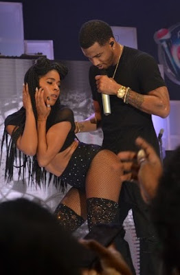 Photos of Trey Songz Performing at the Rhythm Unplugged