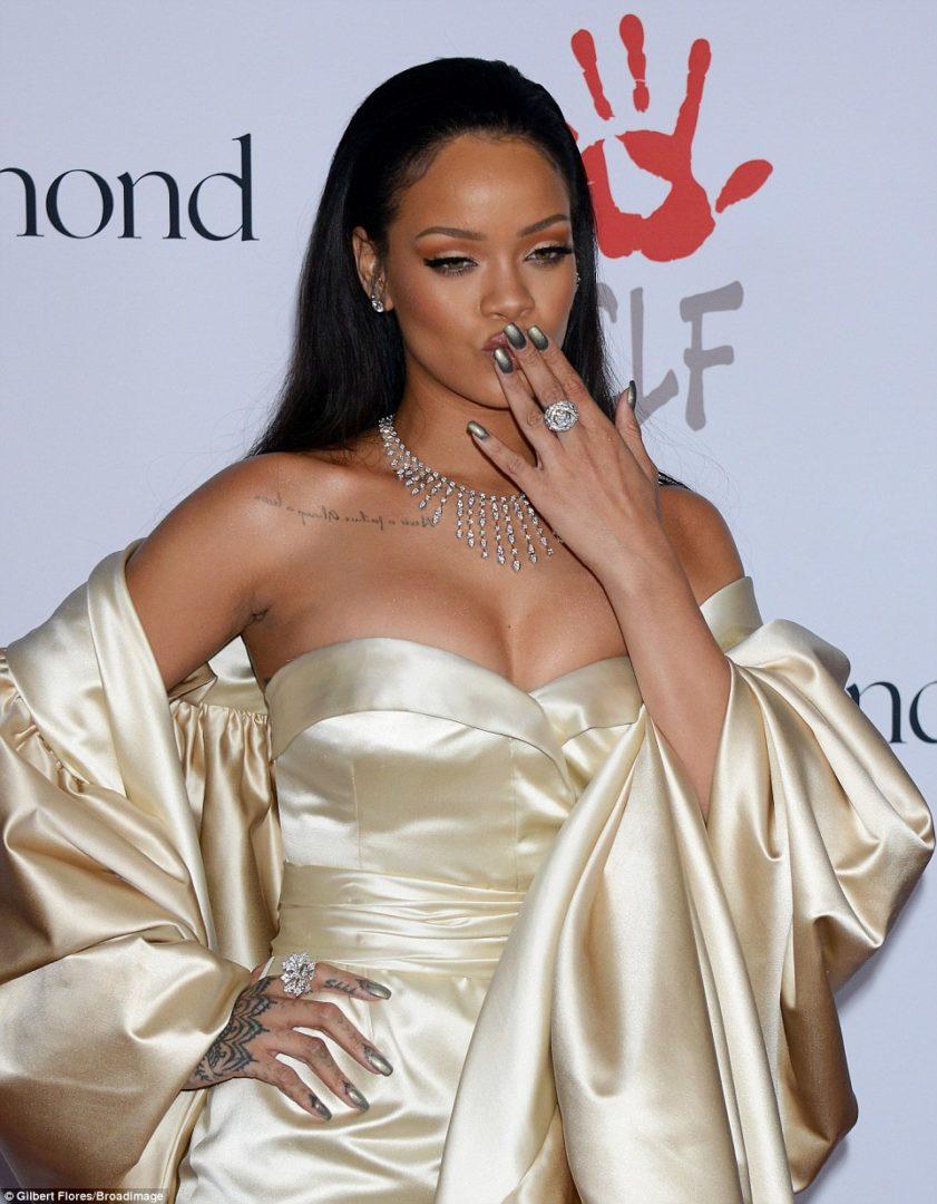 RihannaHotinaGoldenChristianDiorGownforherDiamondBallCharityDinner9