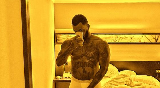 US Rapper The Game shows of his Egg Plant and Hard D*ck in Transparent Boxers