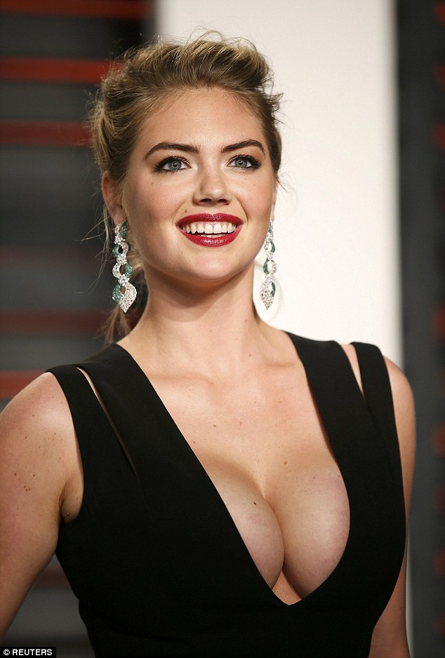 Kate Upton Lights up the Vanity Fair Oscar afterparty