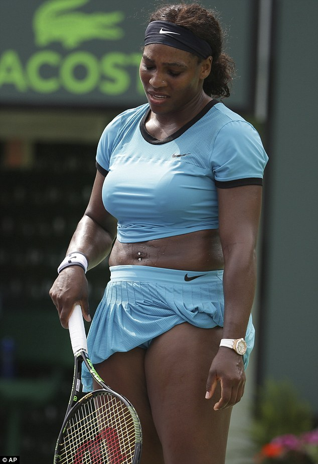 Serena Williams Twerks on the Street of Florida