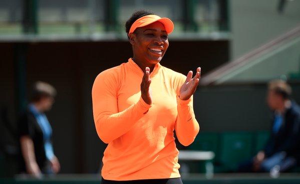 Serena Williams Kicks of 2016 French Open With a 6-2, 6-0 win over Rybarinkova