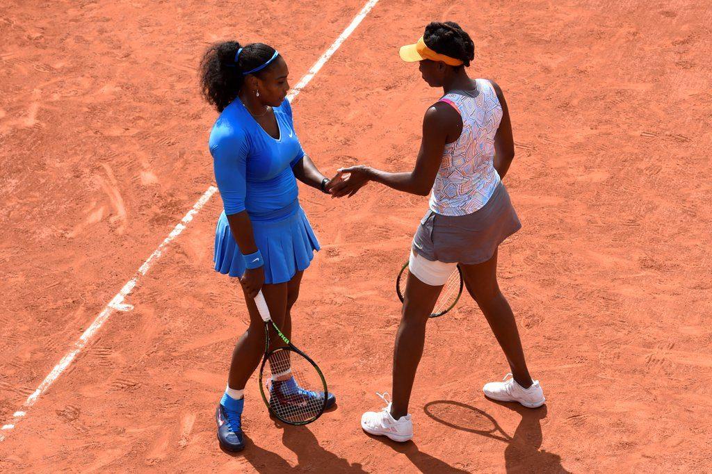 Venus Williams and Serena Williams Cruise past Ostapenko/Putintseva at 2016 French Open Doubles Opener