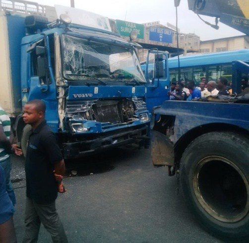 Black Friday as 6 people are killed in Fatal accident at Fadeyi, Lagos
