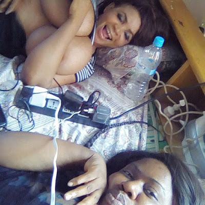 Cossy Orjiakor Gets drunk and shows off her Nude boobs on Instagram