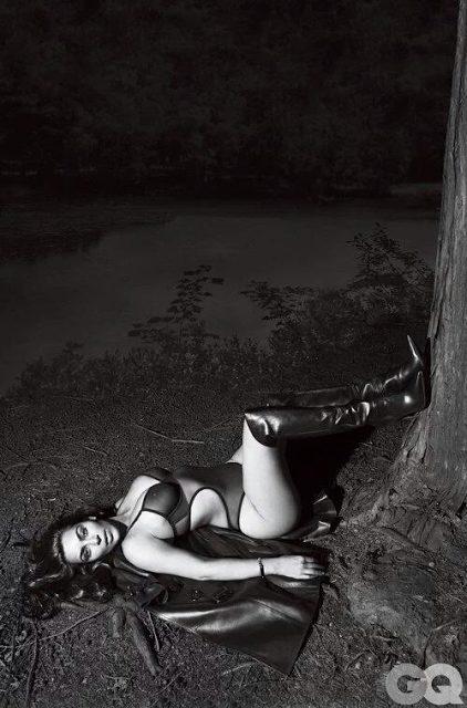 Kim Kardashian Poses Nude for GQ Magazine