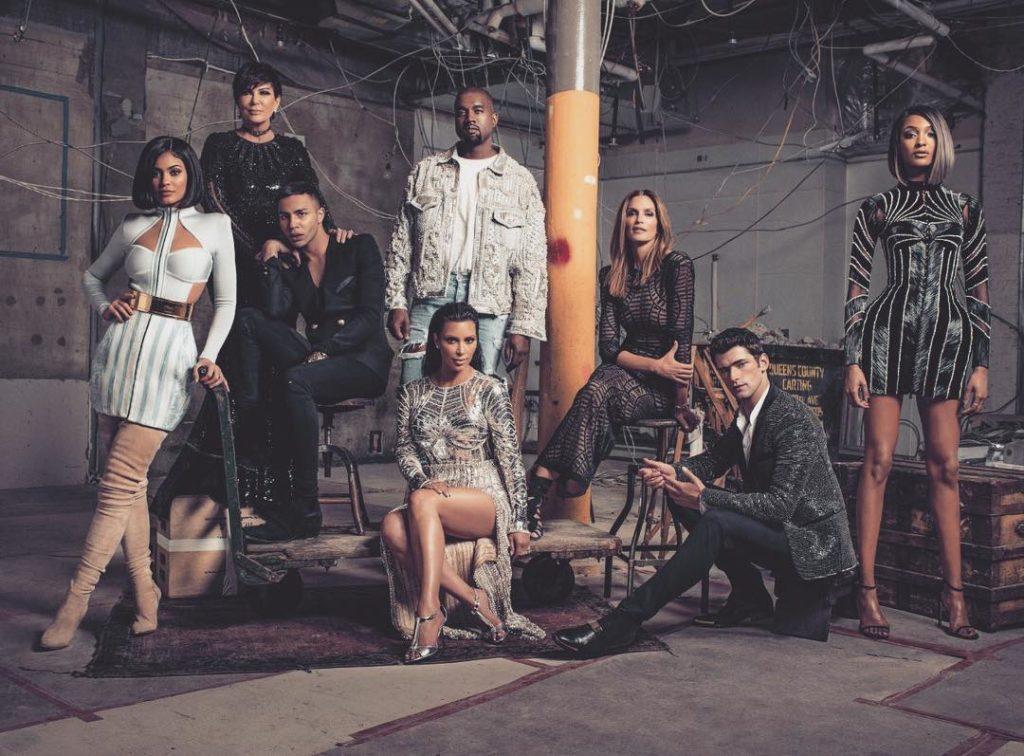 Kim  Kardashian Share Photo of the Kardashian Family in New Balmain Fashion Collection