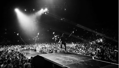 Wizkid shares Photos from His One Hell of Night Tour with Chris Brown
