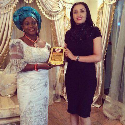 Edo State First Lady Iara Oshiomole recieves Excellence Award