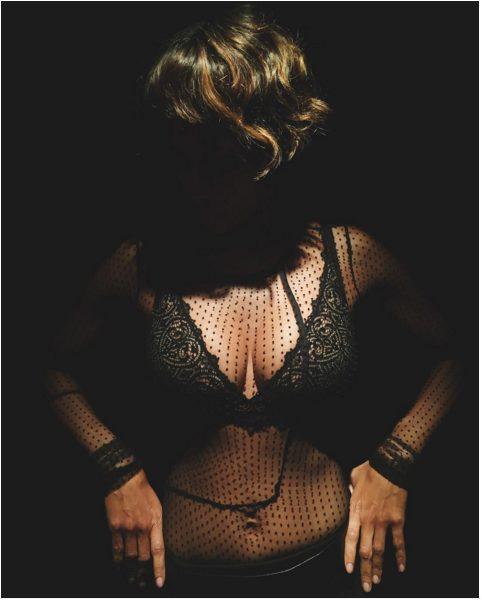 Halle Berry Models for Scandale