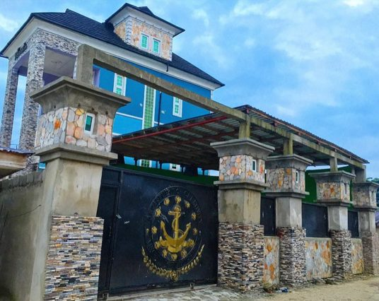 Port Harcourt First Son Duncan Mighty Shares Photo of his Second house he built in 2010