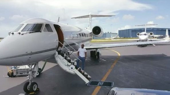 Retired Boxer Mayweather shows off his two private jets