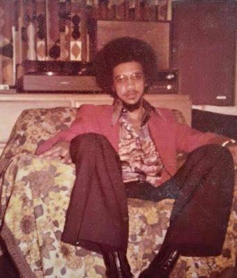 SenatorBenMurray BruceSharesThrowbackPhotoofwhenHewas18 year old