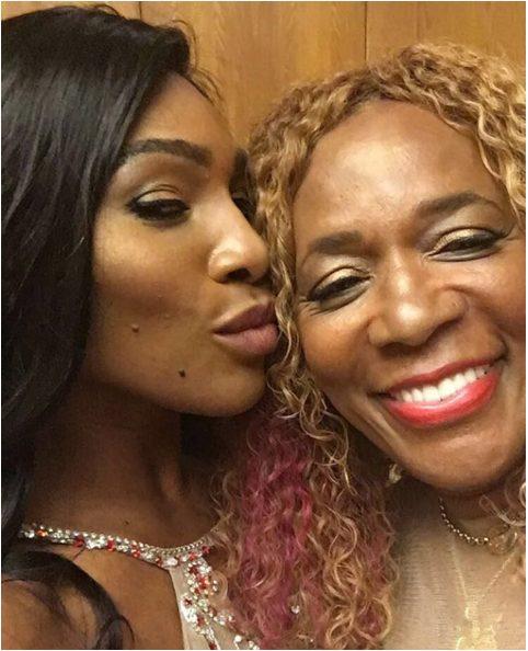 Serena Williams Shares Adorable Photo of her Mum Oracene Price