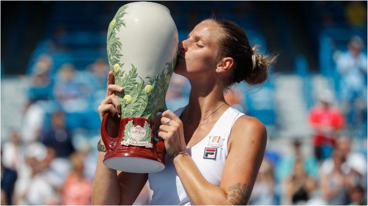 Karolina Pliskova Defeats Angelique  Kerber 6-3, 6-1 to win Cincinnati Open 2016