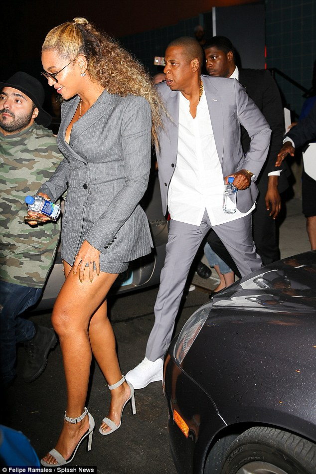 Beyonce and Jay Z at the Premiere of Hands of Stone