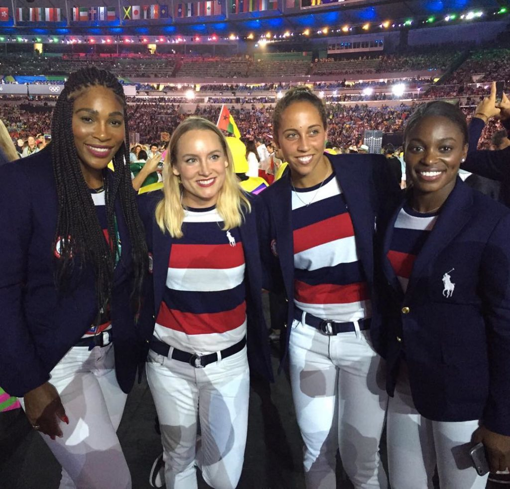 Serena Williams Shares Photo of her and the U.S Tennis Team