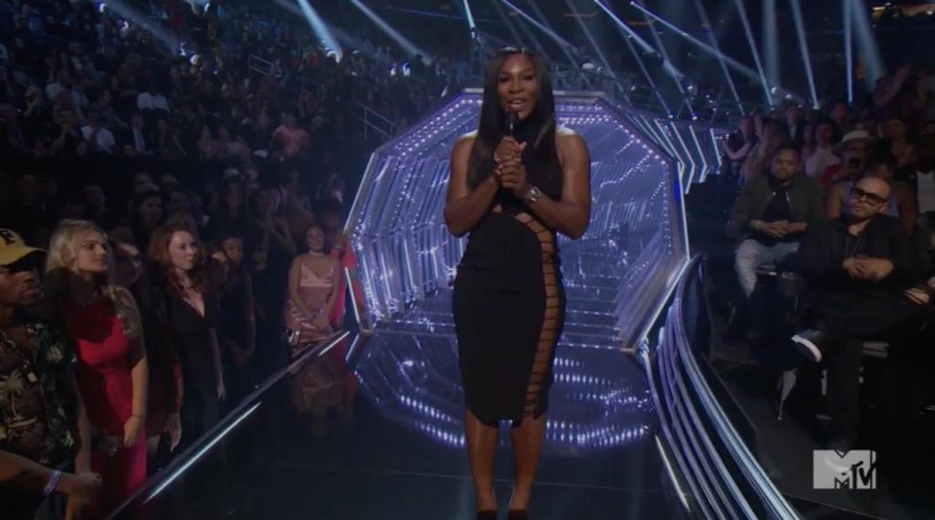Serena Williams Slays in All black High Slit Dress at The 2016 MTV Vmas