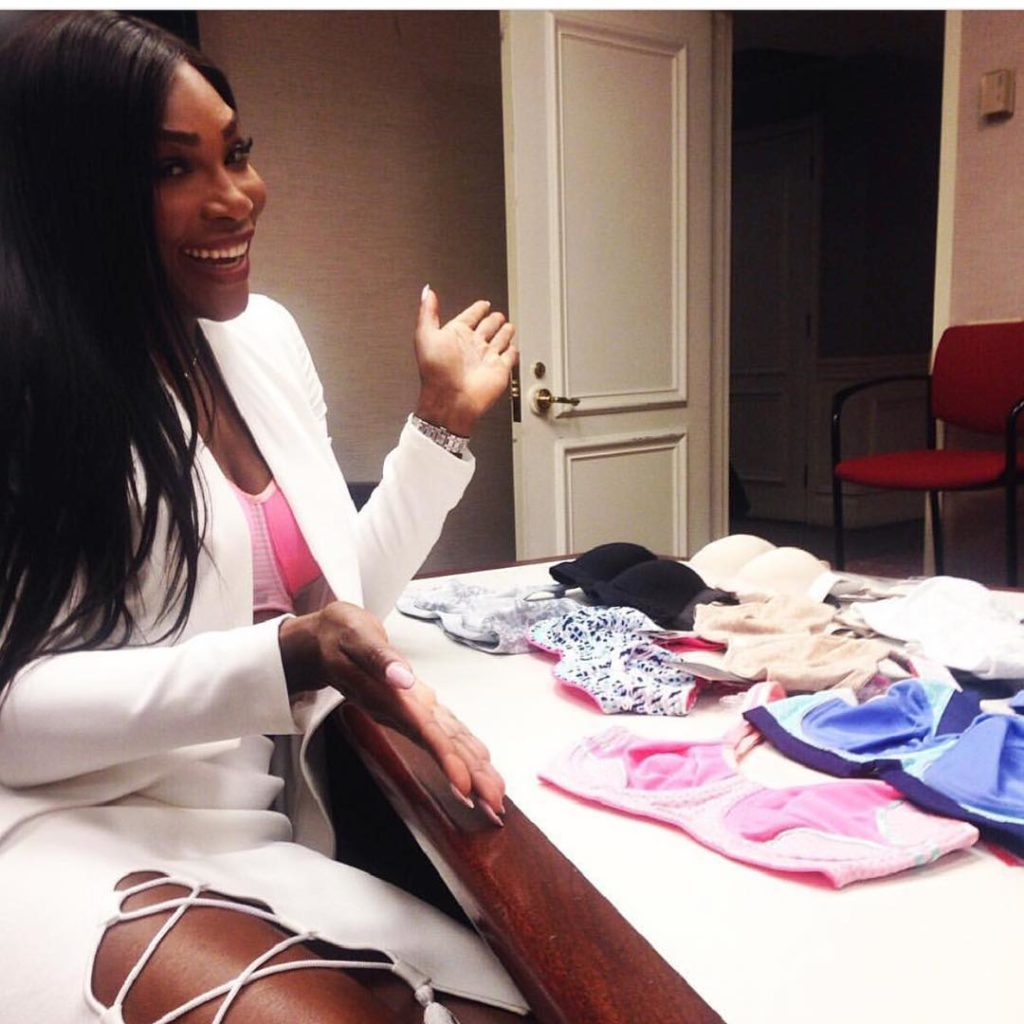 Serena Williams shows of Different Color of Berlei Sport Bra