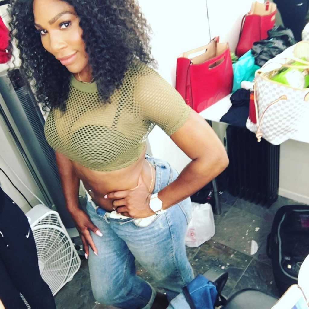 Serena Williams raunchy as she shows off her boobs in a See through  Green Fishnet Crop top