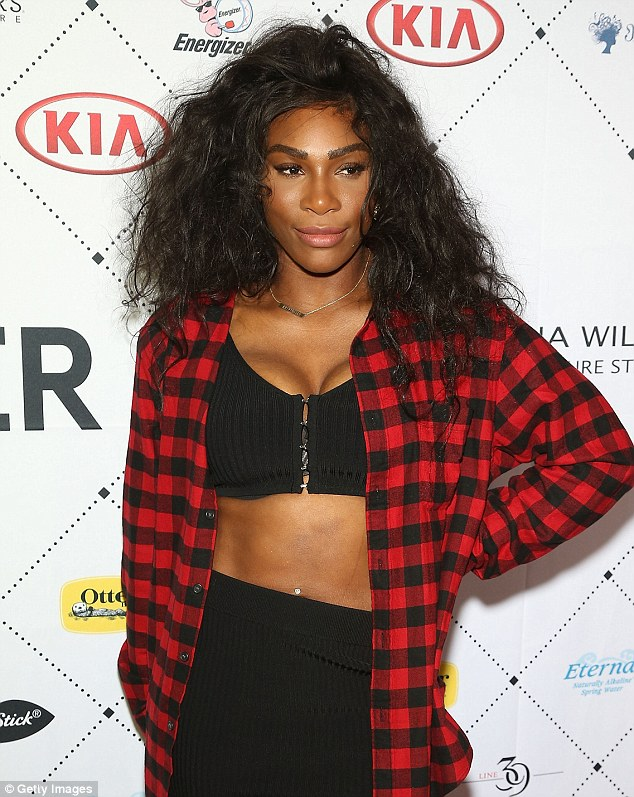 Serena Williams Sexy too Hot to Handle in Yellow Bikini while on Vacation