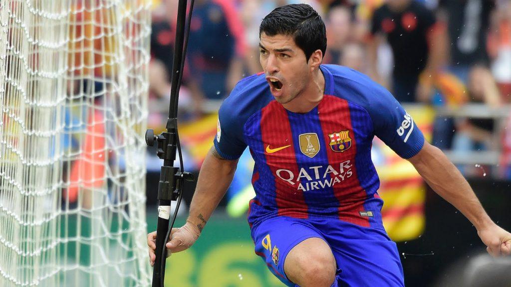 Luis Suarez scores the Equalizer against Valencia
