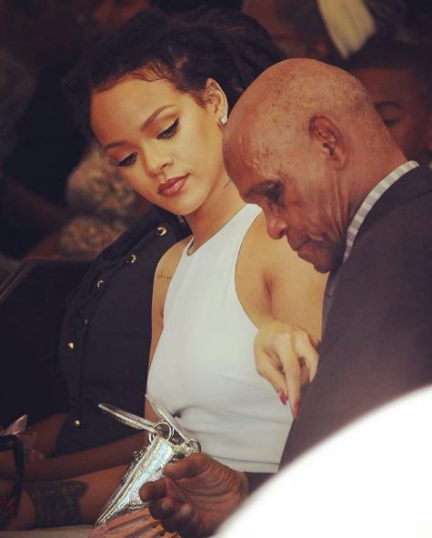 Family Over Everything as Rihanna shares adorable new photos with her mum & dad