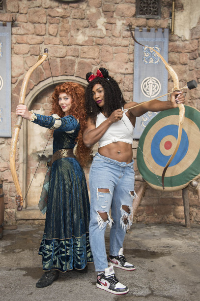 Serena Williams Puts her Pierced Belly on display at Disney Land