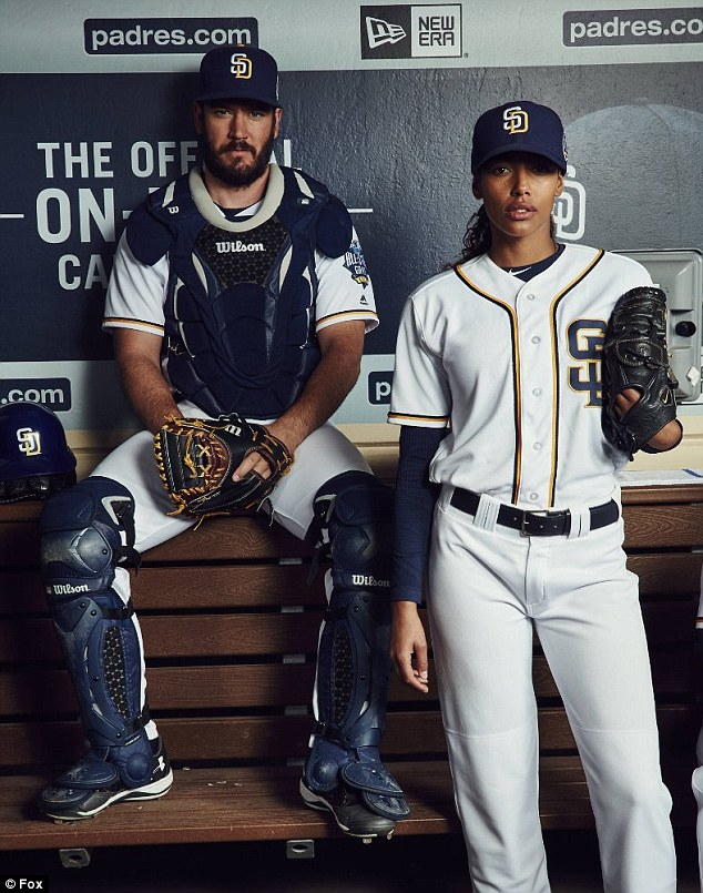 Kylie Bunbury,Mark-Paul Gosselaar and Pitch Cast pose completely NUDE in sexy new photos for baseball show Pitch