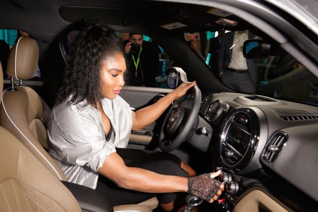 Serena Williams Drives a new MINI Countryman