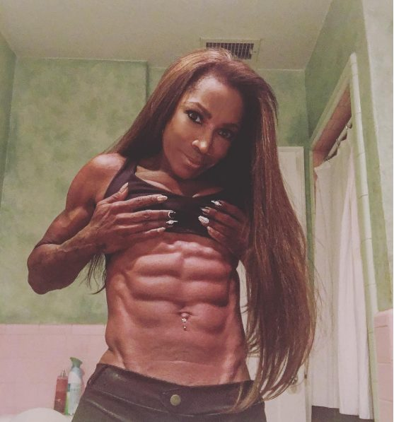 Hollywood actress Aj Johnson,53 year old shows of her 8 packs with inspirational Message on instagram