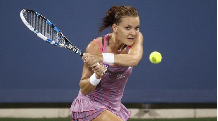 Agnieszka Radwanska  Survives Round 1 of the Shenzhen Open with a Three Match Point Winner