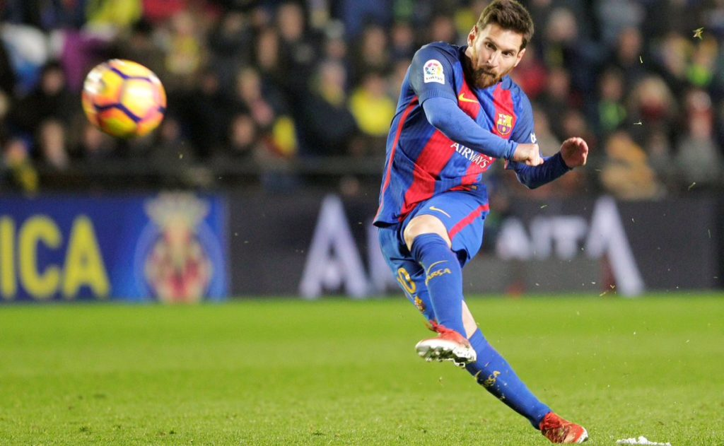 Lionel Messi Scoring his 26th Free-kick for FC Barcelona against athletic Bilbao