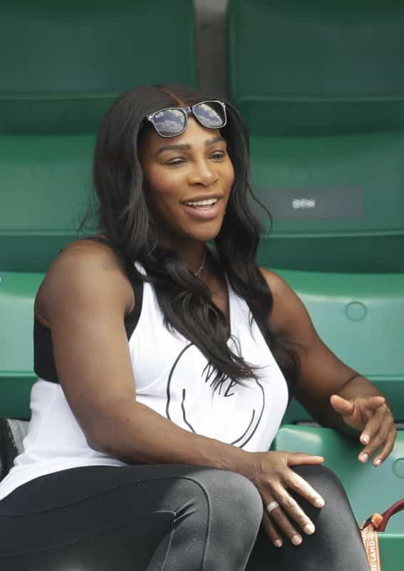 Serena Williams all Smiles as she attends the Roland Garros Pregnant