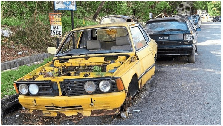 Lagos State Government Orders Removal Of Abandoned, Unused Vehicles From Its Roads