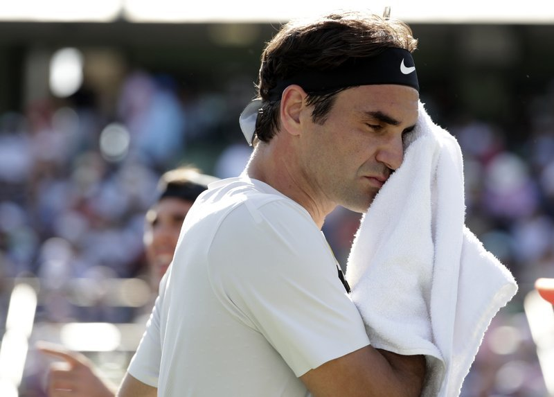 Roger Federer loses match and No. 1 ranking at Miami Open