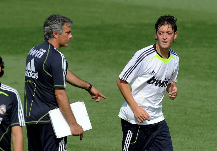 Jose Mourinho  gives conditions to be met before joining Real Madrid