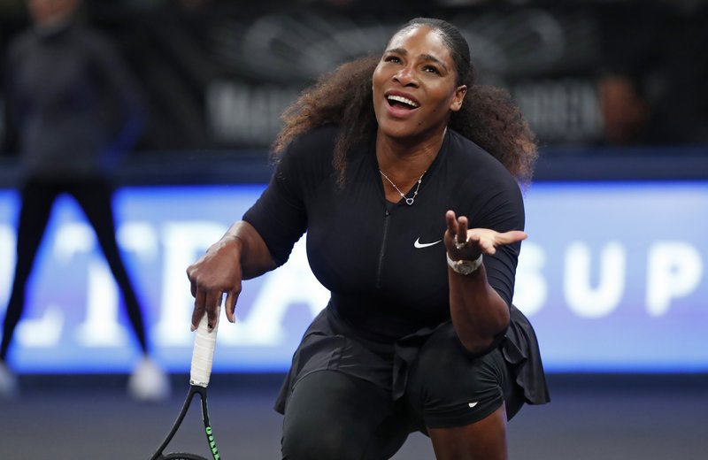 Serena Williams returns for 1st-round match at Indian Wells