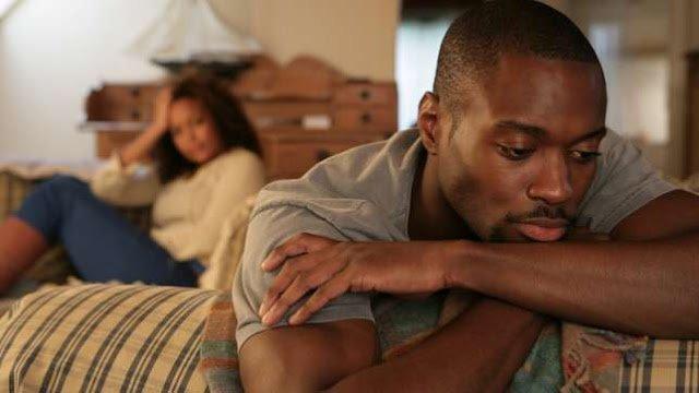 unhappy black couple 2533971638